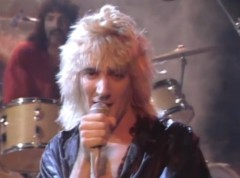 Rod_Stewart_Da_Ya_Think_Im_Sexy_1978-500x370