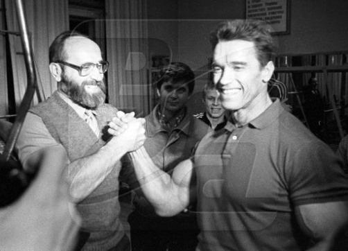 Yury-Vlasov-and-Arnold-Schwarzenegger-February-1988-1